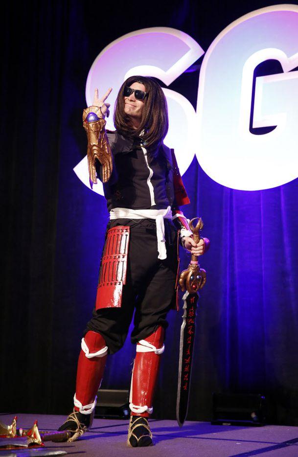 Tyler Puryear of Diamond, Okla., dressed as Samanosuke Akechi from the Onimusha video games.