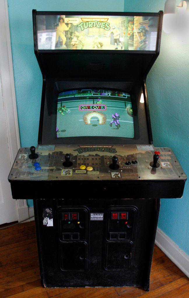 The Teenage Mutant Ninja Turtles arcade game in The McFly.