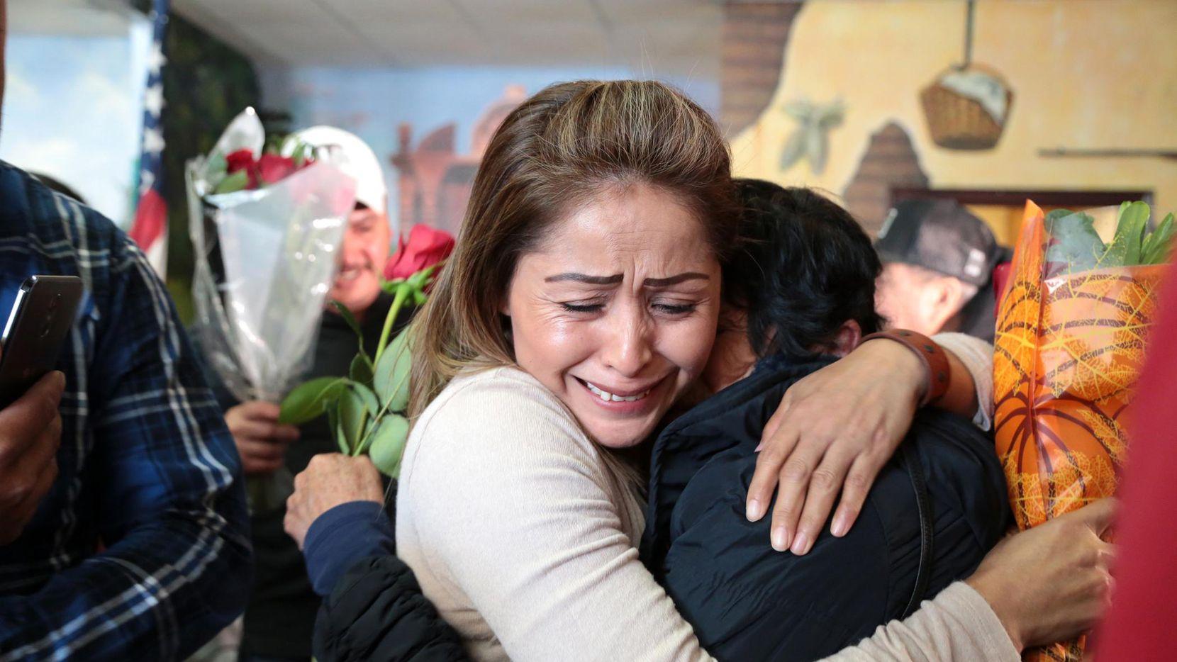 Antonia Martínez se reencontró con su madre María Florencia por primera vez en 18 años. MARÍA OLIVAS/AL DÍA
