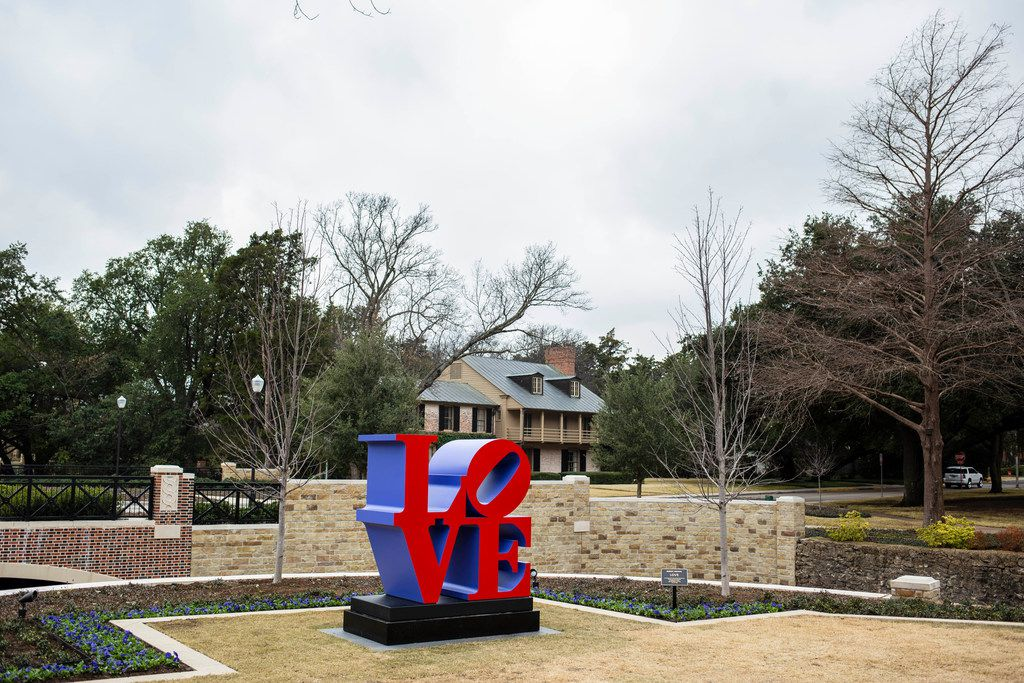 """Robert Indiana's famous pop-art """"LOVE"""" sculpture has landed in University Park as of late January 2019. A spokesman for the city of University Park says it will remain there for a very long time -- likely, years."""