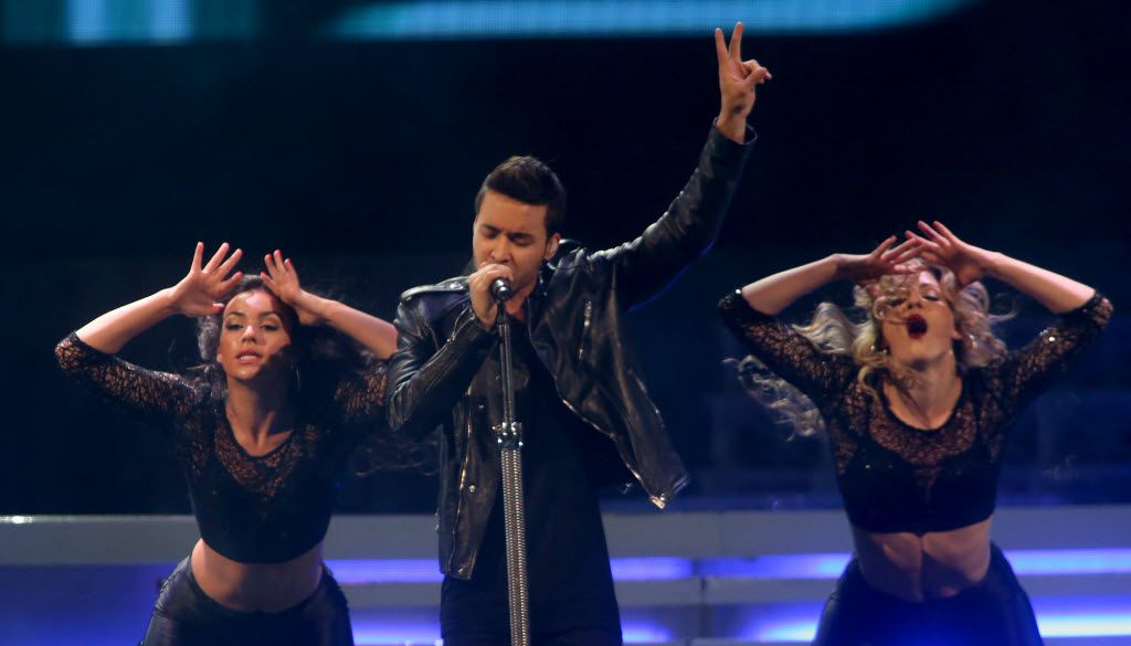 Prince Royce performs as the lead off for Ariana Grande in 2015 at American Airlines Center in Dallas.