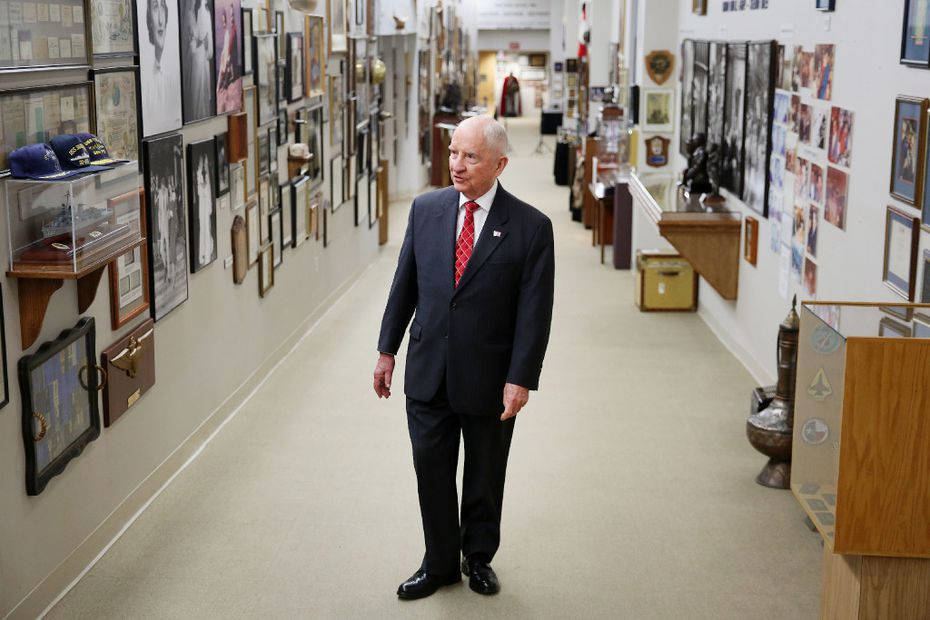 Ross Perot gives a tour of his personal artifacts to The Dallas Morning News. (Andy Jacobsohn/The Dallas Morning News)