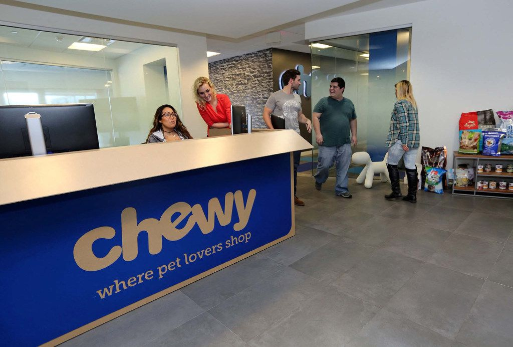 The reception desk of Chewy.com is designed to look like a shipping box from the company. (C.M. Guerrero/Miami Herald/TNS)