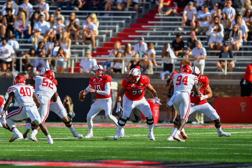 LUBBOCK, TX - SEPTEMBER 15: Alan Bowman #10 of the Texas Tech Red Raiders looks to pass the ball during the game against the Houston Cougars on September 15, 2018 at Jones AT&T Stadium in Lubbock, Texas. Texas Tech won the game 63-49. (Photo by John Weast/Getty Images)