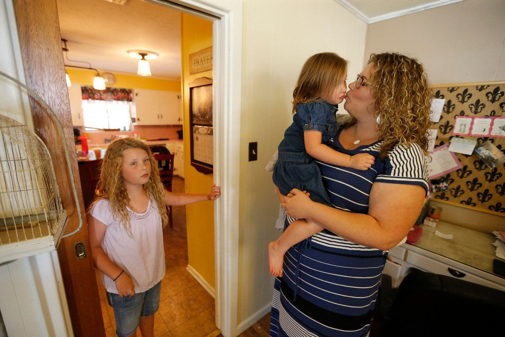 Foster mother Angela Cook and her husband were among dozens of couples in Mineral Wells who opened their homes to foster children after a recruitment drive by a foster care redesign lead vendor in Fort Worth. The House on Thursday tentatively approved a bill expanding and promoting the new procurement method.