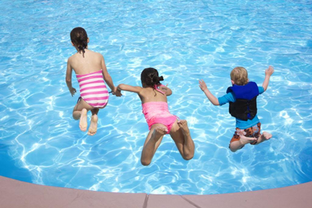 Niños y jóvenes podrán tener una hora de natación gratuita este verano (TNS/ARCHIVO)