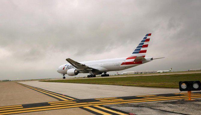 American Airlines suspendió vuelos a Dallas, Chicago y Miami por un problema informático. (DMN/TOM FOX)
