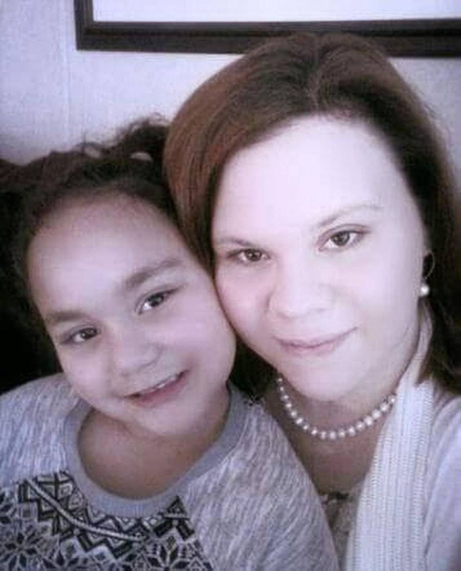 April Vancleave and her 6-year-old daughter, Lilly