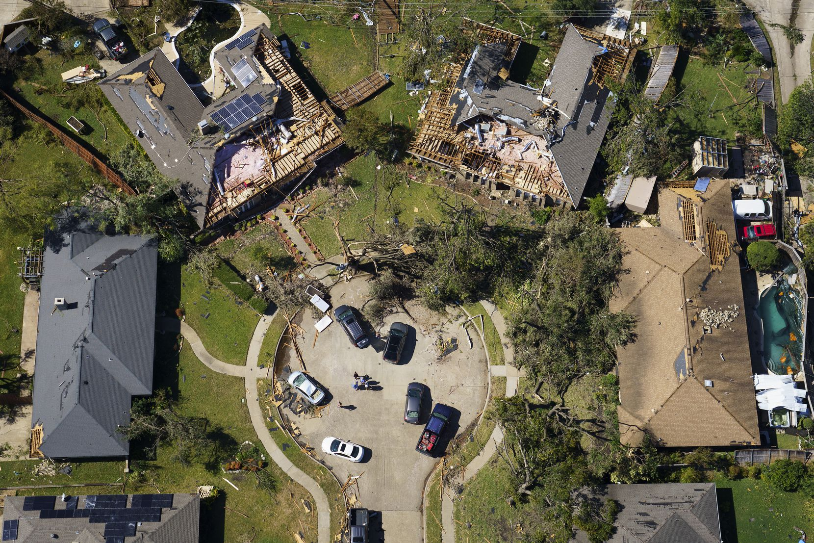 Damaged homes in a cul-de-sac on Stillmeadow Drive in Richardson are seen in aerial view of tornado damage on Monday, Oct. 21, 2019, in Richardson, Texas. (Smiley N. Pool/The Dallas Morning News)