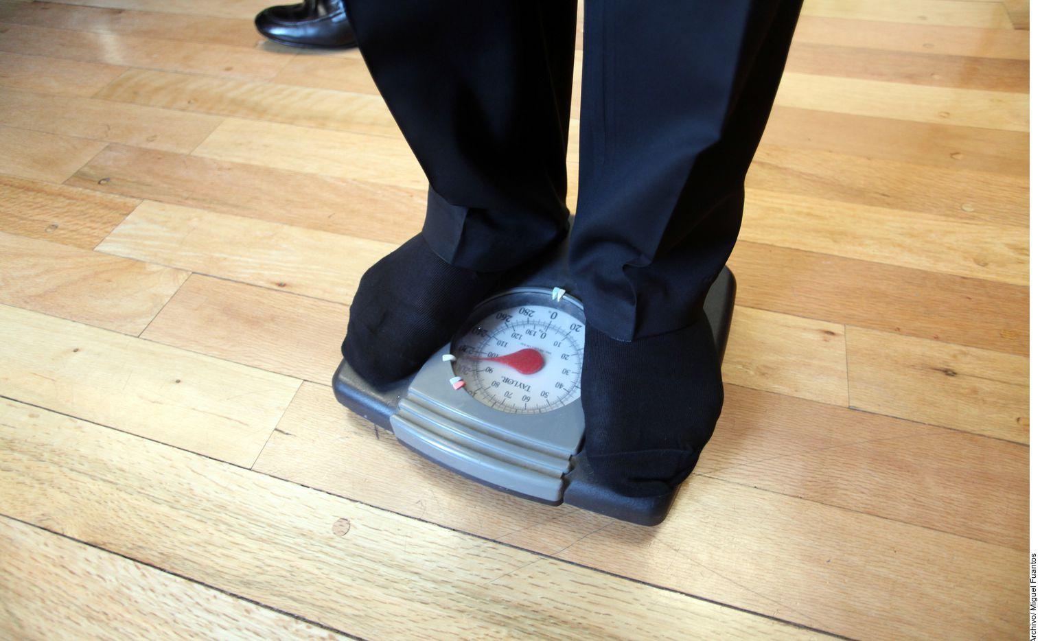 """En su charla """"Ejercicio y suplementos alimenticios: ¿cómo empiezo?"""", Santiago Meléndez subrayó que lo esencial es atender un plan personalizado, para de ahí comenzar a perder peso y/o crear masa muscular."""