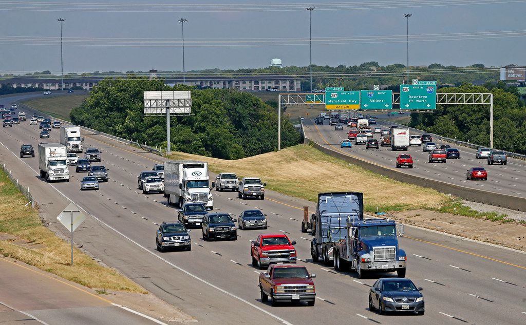 Traffic moves on Interstate 20 near the U.S. Highway 287 and Interstate 820 interchange in Fort Worth.