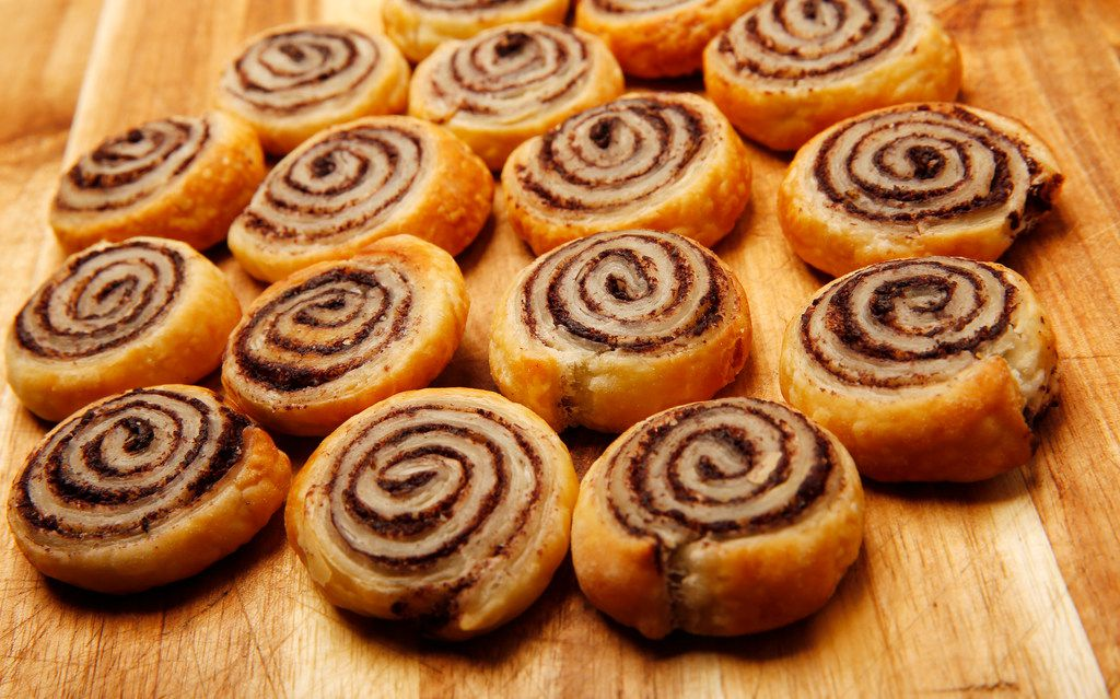 Pinwheels with tapenade