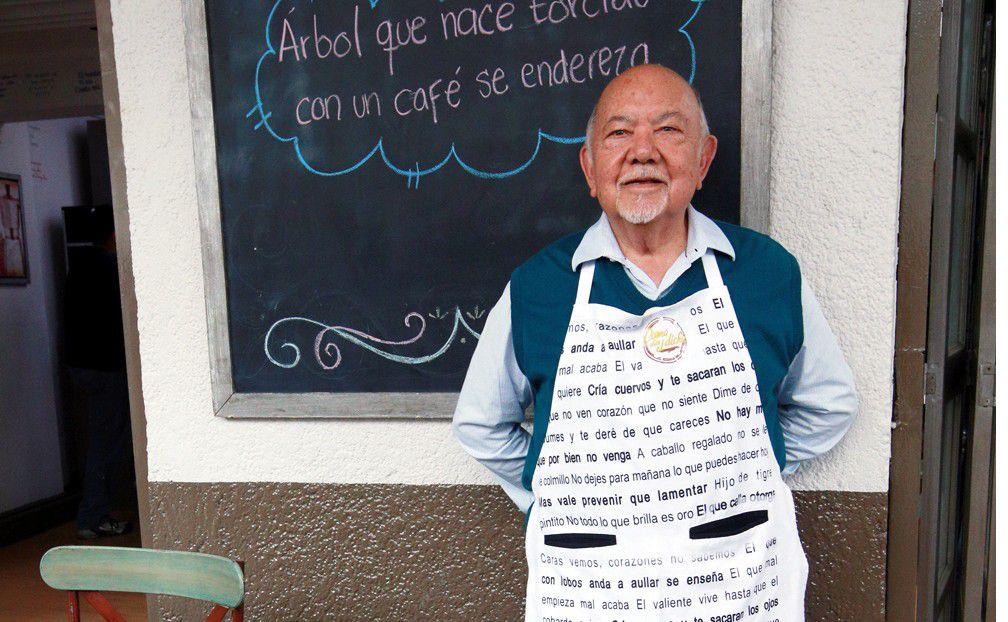 """Sergio Corona celebró junto a la producción del programa, """"Como Dice el Dicho"""", 400 emisiones al aire, él es el único actor que ha participado en todos los programas./AGENCIA REFORMA"""