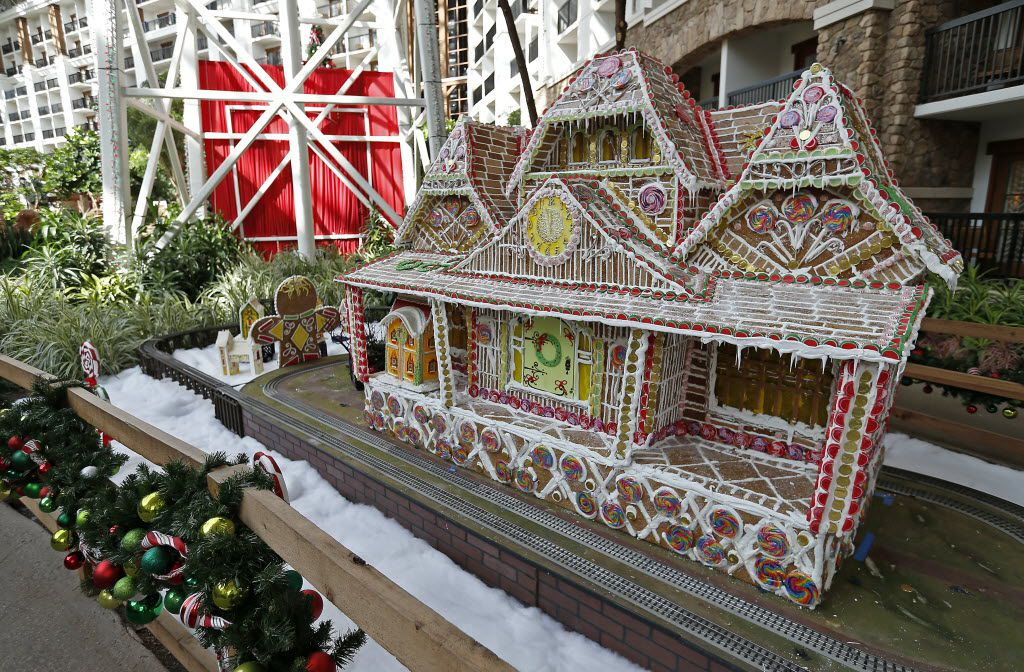 While you're at the Gaylord, you can check out the Lone Star Christmas displays in the lobby, which are free to see.