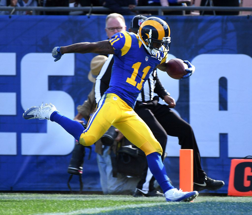 Los Angeles Rams wide receiver Tavon Austin (11) scores a touchown against the San Francisco 49ers at the Los Angeles Coliseum on December 24, 2016. The Rams sent him to the Dallas Cowboys on Saturday, April 28, 2018, in exchange for a sixth-round pick in the 2018 NFL draft. (Wally Skalij/Los Angeles Times/TNS)