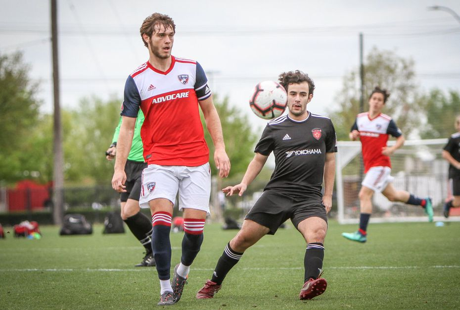 Tanner Tessmann takes on Texans SC in the 2018-19 DA season.