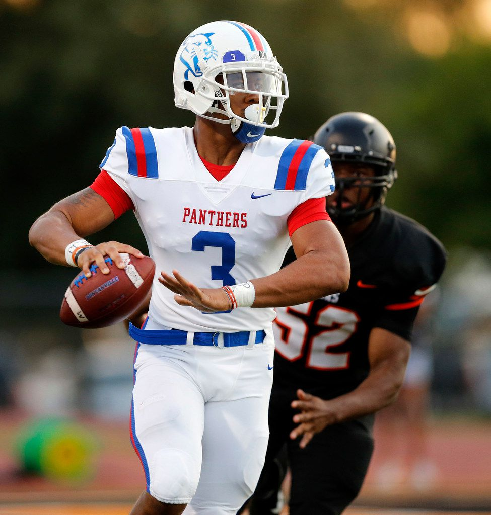 Duncanville quarterback Ja'Quinden Jackson (3) rolls out and passes against Lancaster during the first quarter at Beverly D. Humphrey Tiger Stadium in Lancaster Texas, Friday, August 30, 2019. (Tom Fox/The Dallas Morning News)