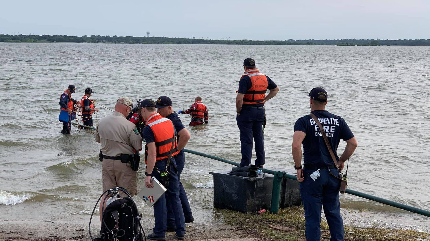 Grapevine fire crews search for a missing man in Grapevine Lake Sunday, May 27, 2019. The man's body was recovered later that evening.
