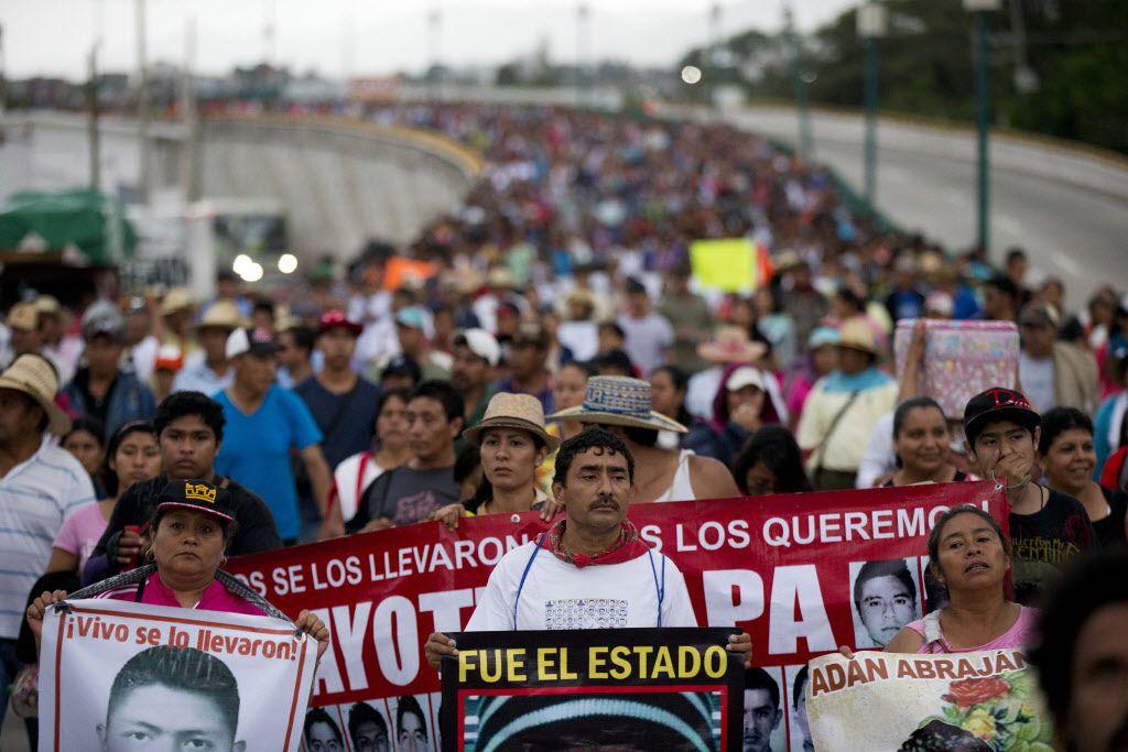 Una comisión de transparencia obliga al Ejército de México a abrir sus investigaciones sobre el caso de los 43 estudiantes desaparecidos.(AP)