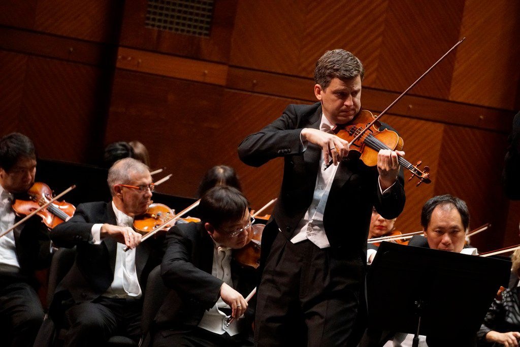Violinist James Ehnes performs with the Fort Worth Symphony Orchestra at the Bass Performance Hall on Friday.
