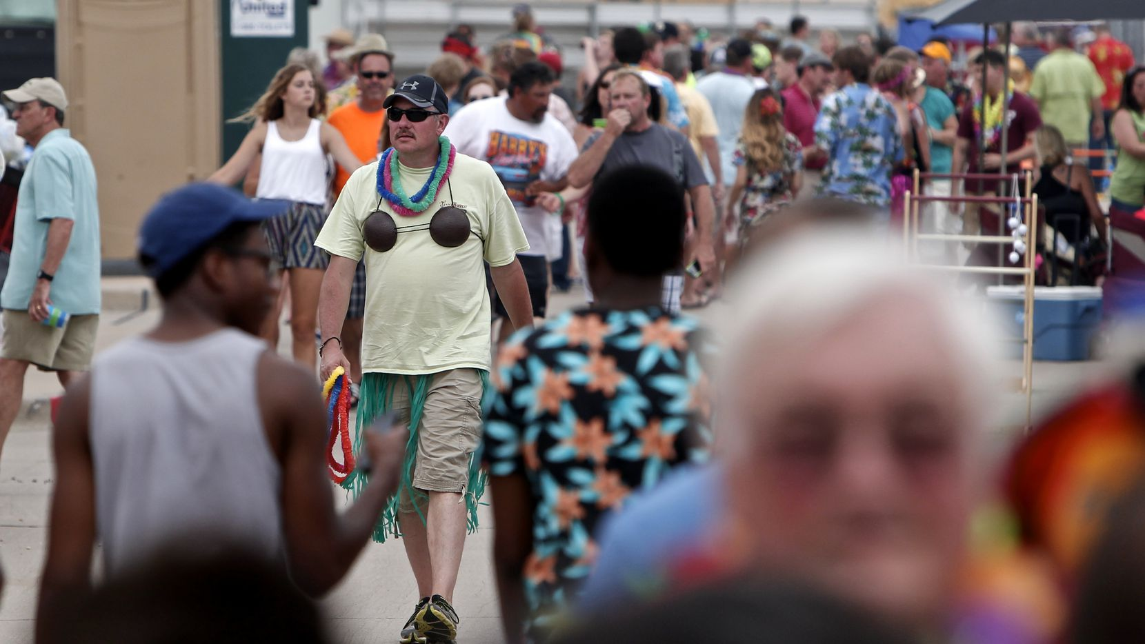 Kent Stagg sports a coconut bra like it ain't no thang at a Jimmy Buffett concert.