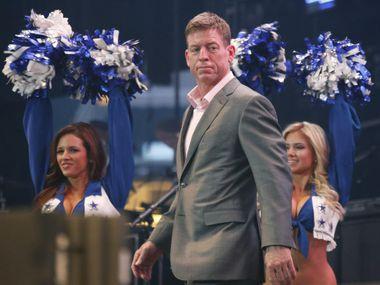 El ex quarterback de los Cowboys Troy Aikman habló del mal paso del equipo.