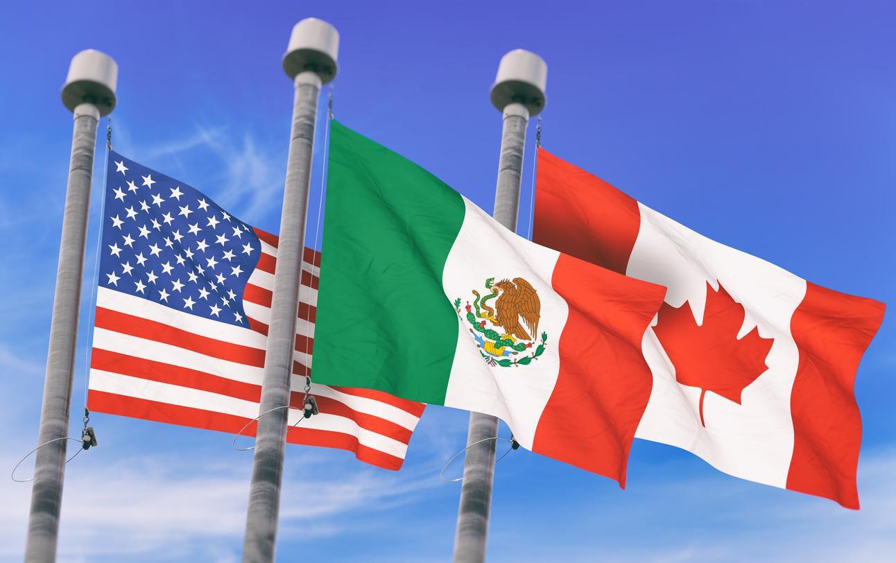 Las banderas de Estados Unidos, México y Canadá, países miembros de Norteamerica(GETTY PHOTOS)