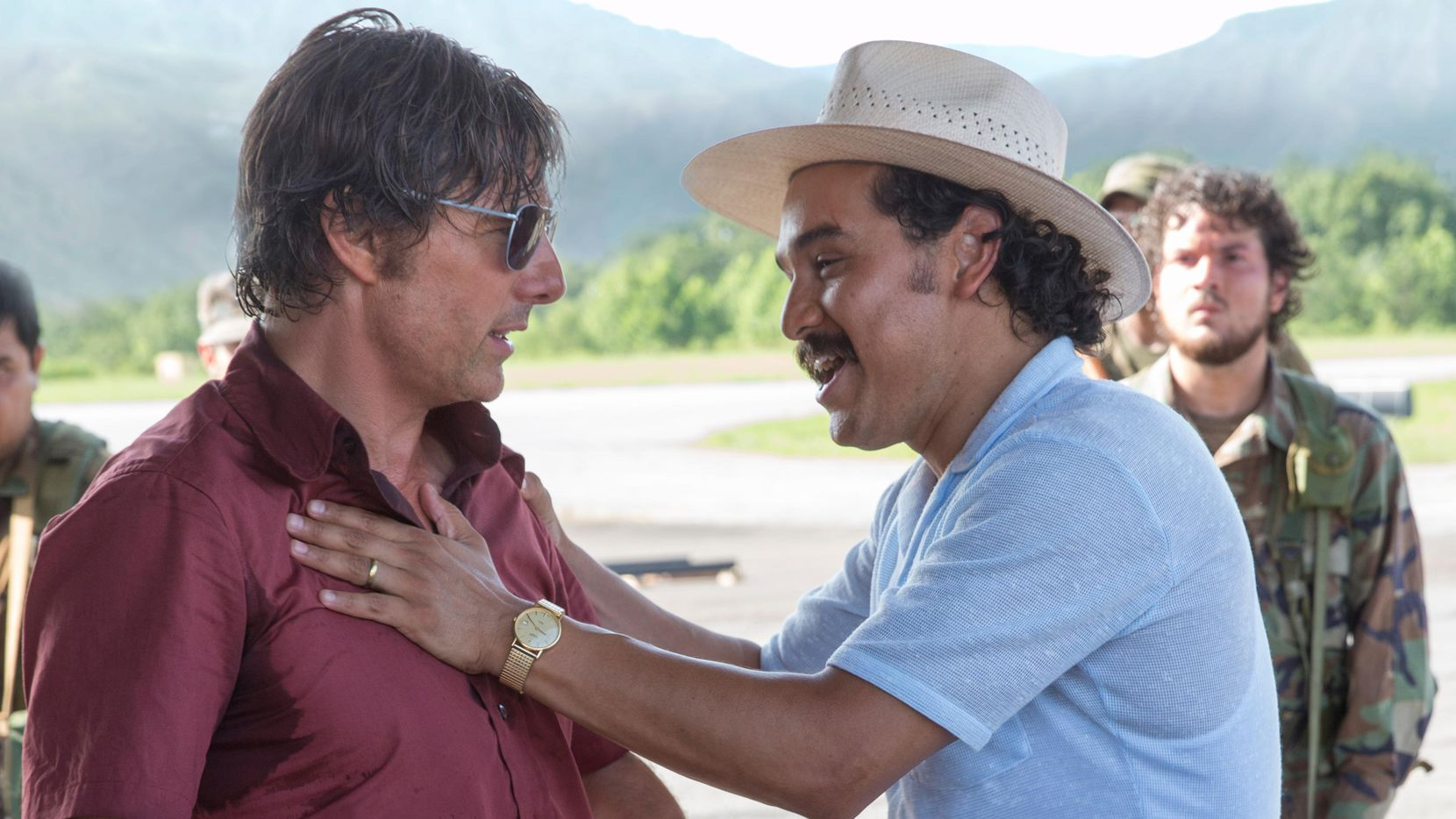 El actor Alejandro Edda, actua junto a Tom Cruise en la cinta American Made.(CORTESIA)