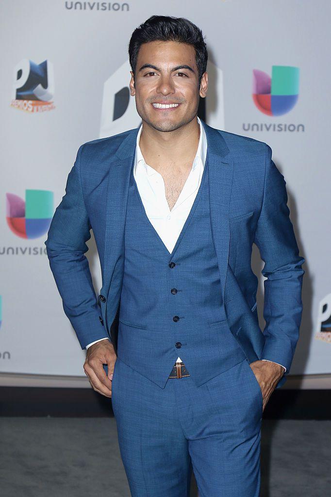 Rivera en los Premios Juventud. Foto GETTY IMAGES