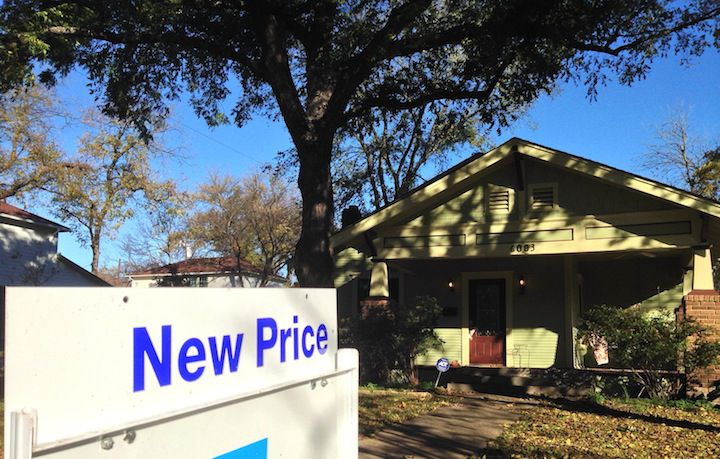 Rising home prices in North Texas have sharply reduced the number of homeowners who owe more than their property is worth.
