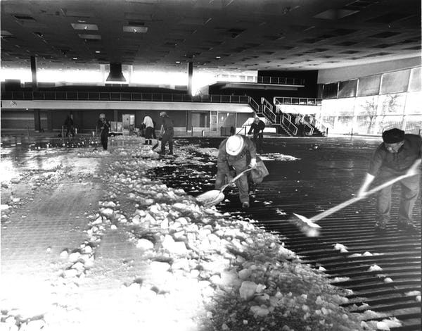 Llove's ice skating rink inside Dallas Love Field Airport