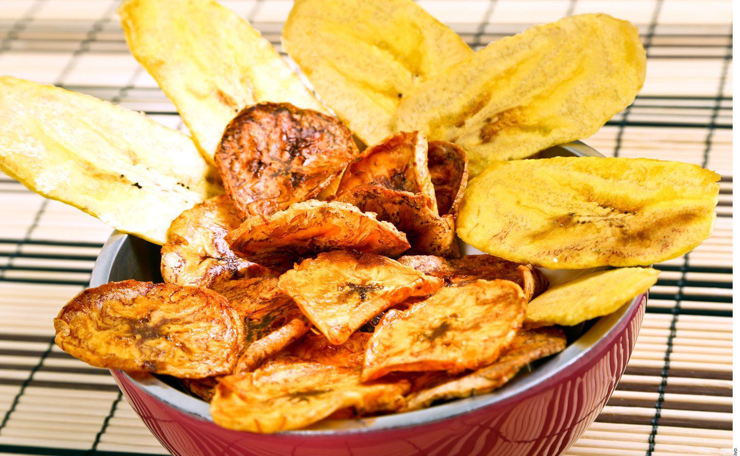 Algunas opciones son la manzana deshidratada, la cual, como postre, lunch o bocadillo, aporta sólo 140 calorías por cada 40 gramos. AGENCIA REFORMA