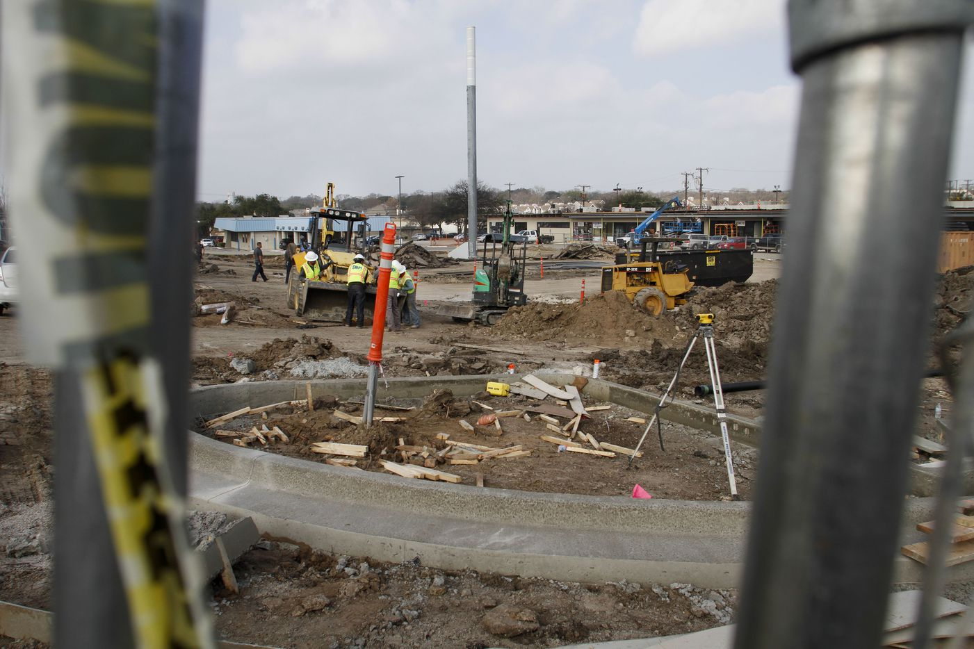 The center section of the Lakeridge shopping center will become a park.