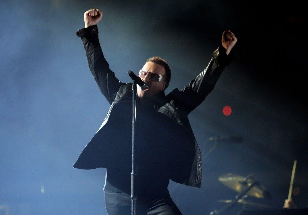U2's Bono sings at Cowboys Stadium in Arlington on Monday, October 12, 2009.