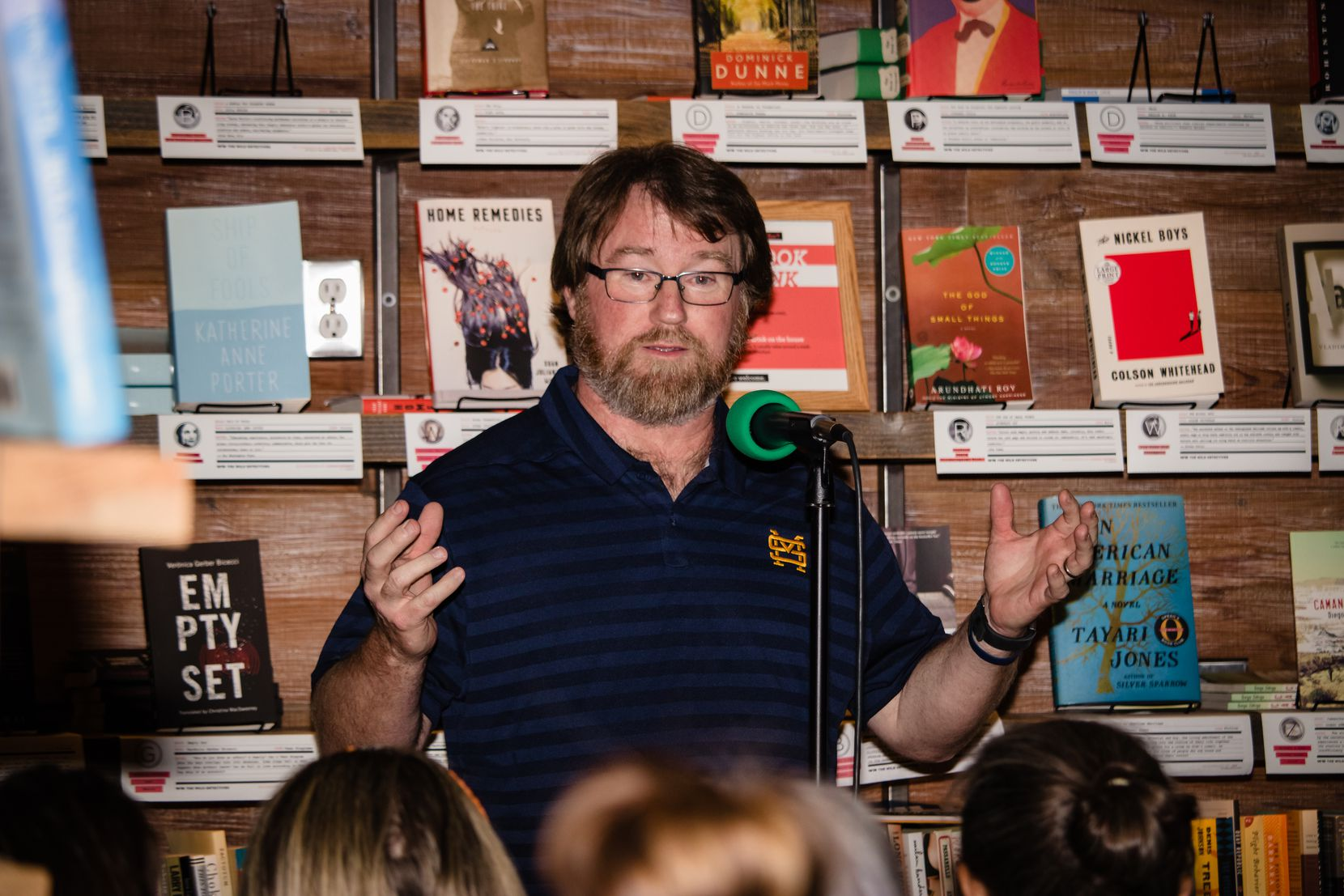 John Mead, a biology teacher at St. Mark's School of Texas, recounts his work teaching evolution and studying fossils at The Story Collider.
