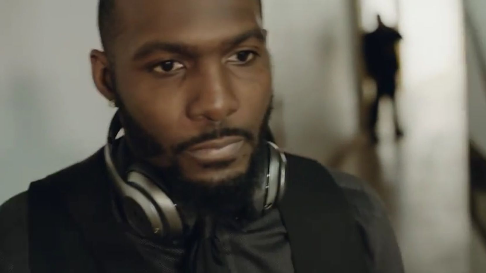 Watch Cowboys Dez Bryant S New Beats By Dre Commercial