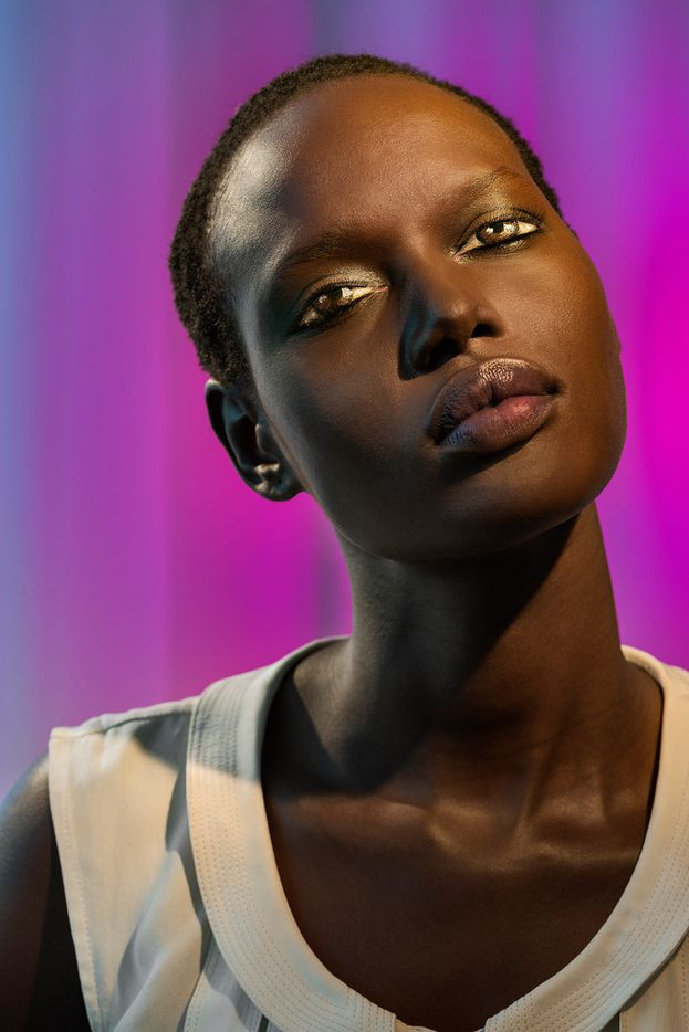 Laurie Simmons How We See/Ajak (Violet), 2015 Pigment print Overall: 70 × 48 in. (177.8 × 121.92 cm) Courtesy the Artist and Salon 94  From the exhibition, Laurie Simmons Big Camera Little Camera at the Modern Art Museum of Fort Worth
