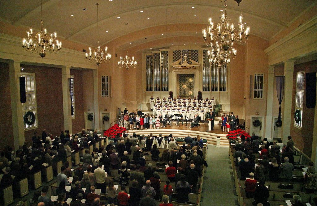 Worship services at Wishire Baptist Church in Dallas Sunday.