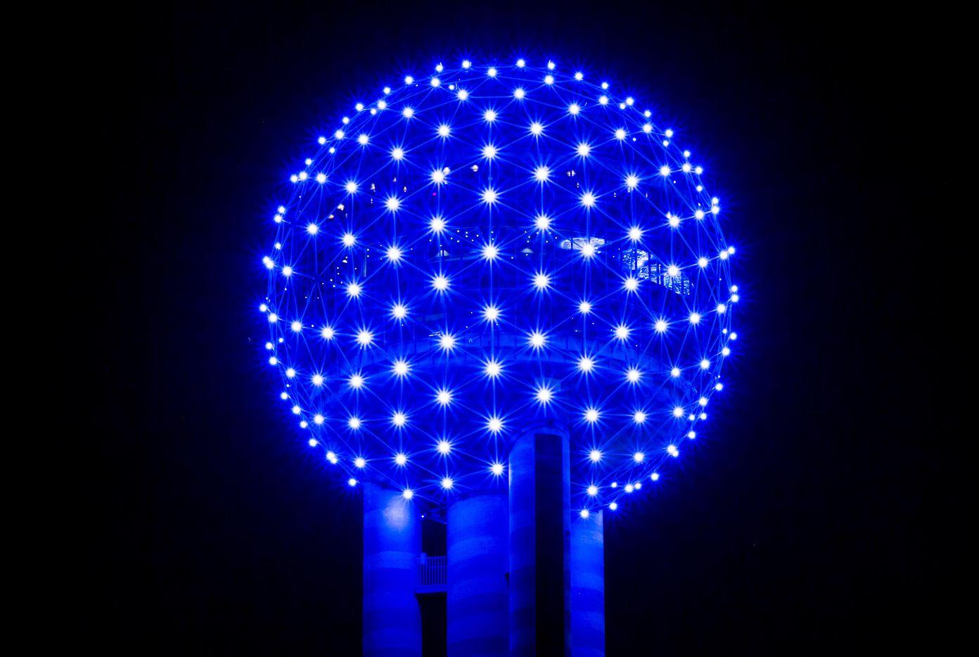 Reunion Tower glows blue as the downtown Dallas skyline lights up in blue in recognition of National Police Week on Monday, May 15, 2017. (Smiley N. Pool/The Dallas Morning News)