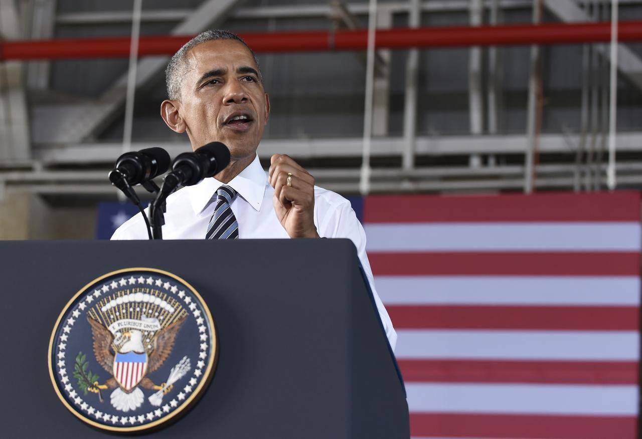 El presidente Barack Obama acortó su visita a España para asistir a un evento funerario en honor a los policías caídos en Dallas. (AP/SUSAN WALSH)