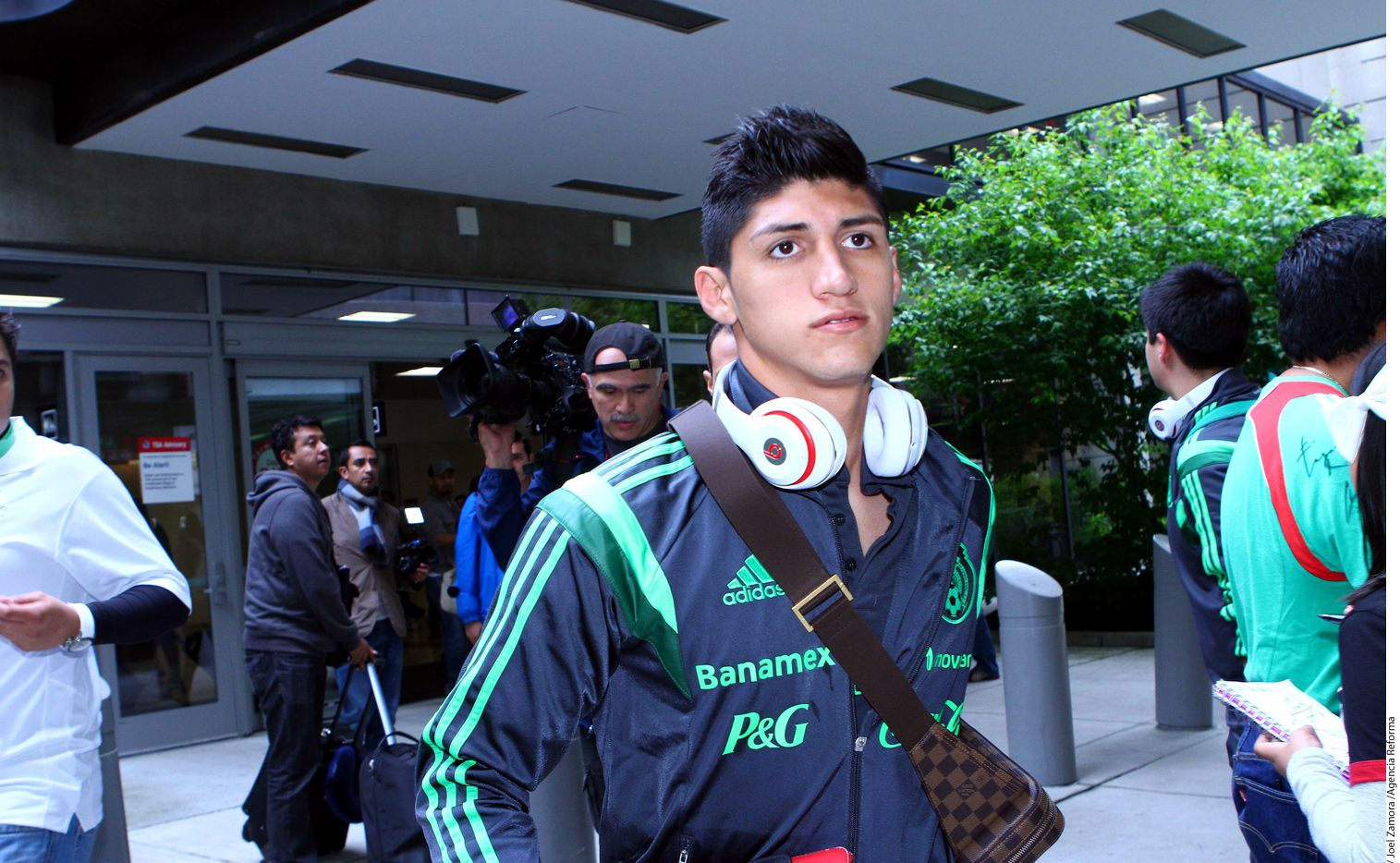 Alan Pulido refuerza al plantel de Chivas para el Apertura 2016. AGENCIA REFORMA