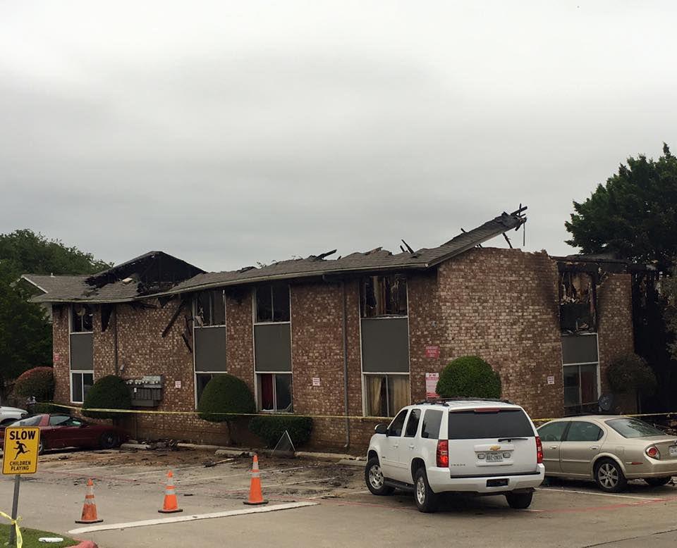 Los apartamentos Ridgecrest de Grapevine fueron destruidos por un incendio. POLICÍA DE GRAPEVINE