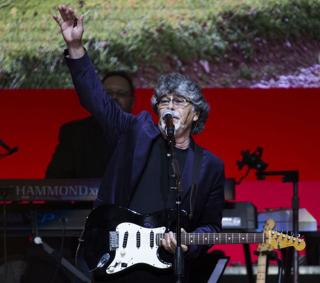 Randy Owen, lead singer of Alabama performs during Deep from the Heart: The One America Appeal Concert.
