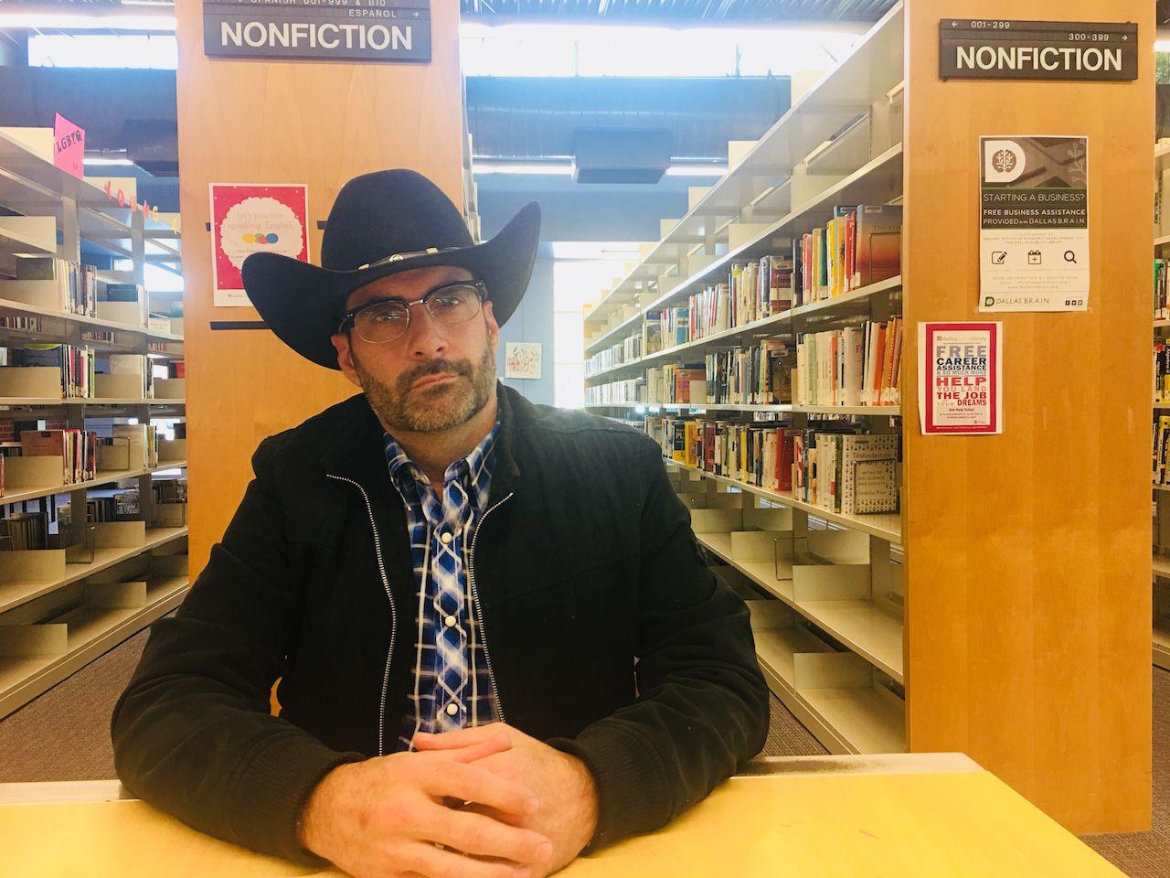 Daniel Shipman ha sido benefactor de Franky desde que lo conoció en Narcóticos Anónimos hace casi ocho años . Foto: JENNY MANRIQUE/AL DÍA