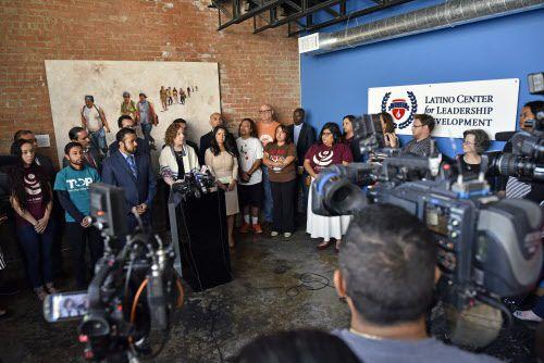 El Latino Center for Leadership Development recibirá solicitudes para su programa de embajadores hasta el 26 de septiembre. AL DÍA