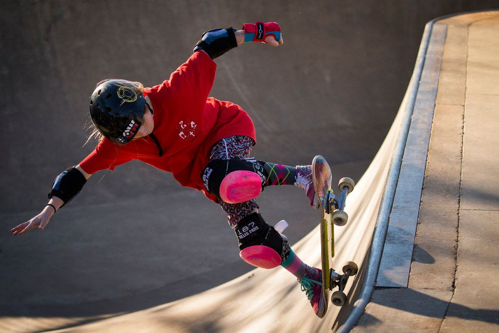 Blayne Johnson, 11, rides a skateboard at Lively Pointe Skate Park on Sunday, Jan. 22, 2017, in Irving. (Smiley N. Pool/The Dallas Morning News)