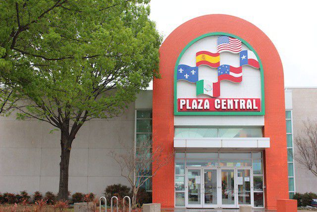 The Six Flags Mall was renamed Plaza Central after being sold in 2012. (Plaza Central)
