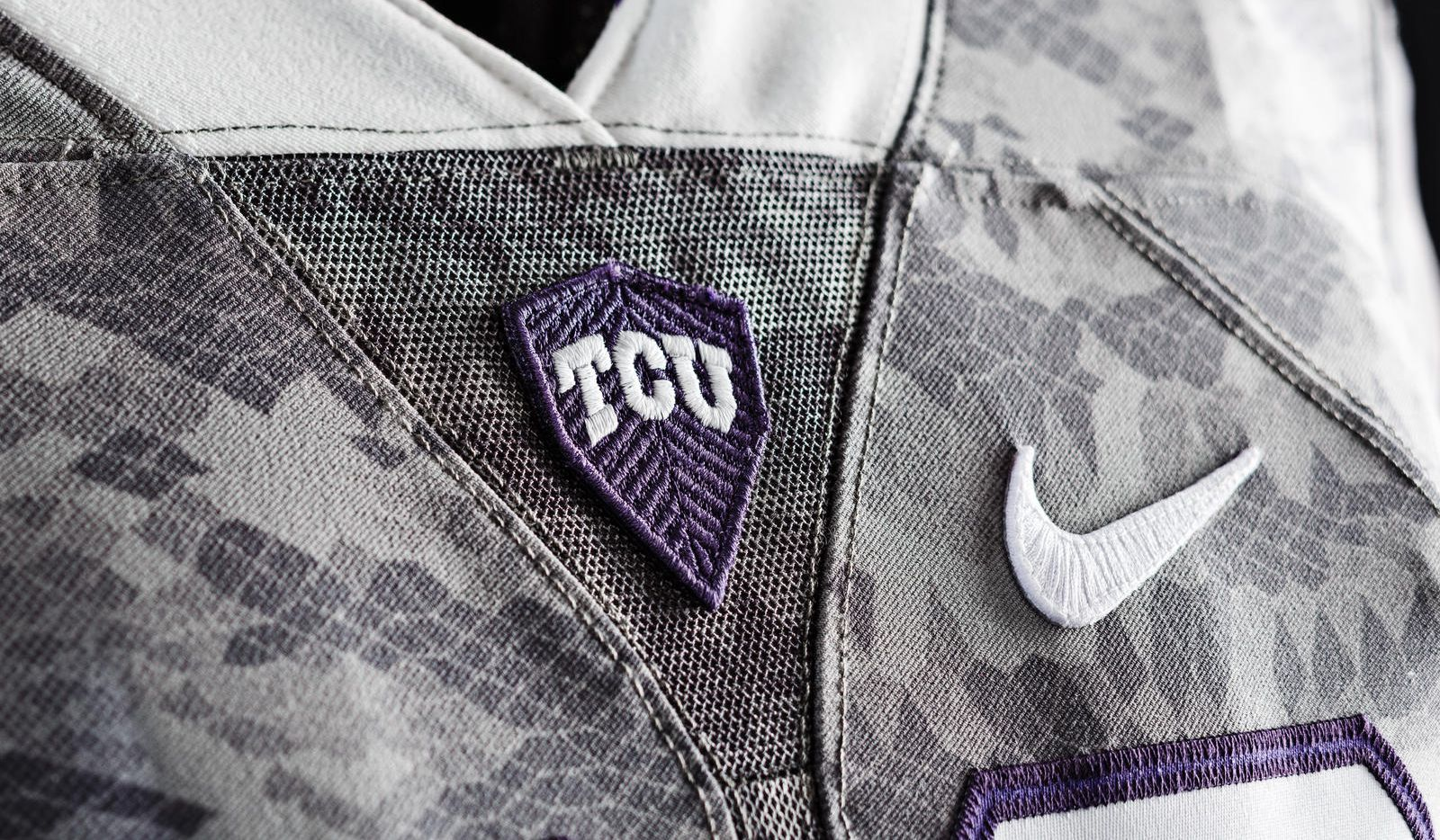 pretty nice a664d d303a With TCU debuting 'scaly' uniforms, Horned Frogs know ...