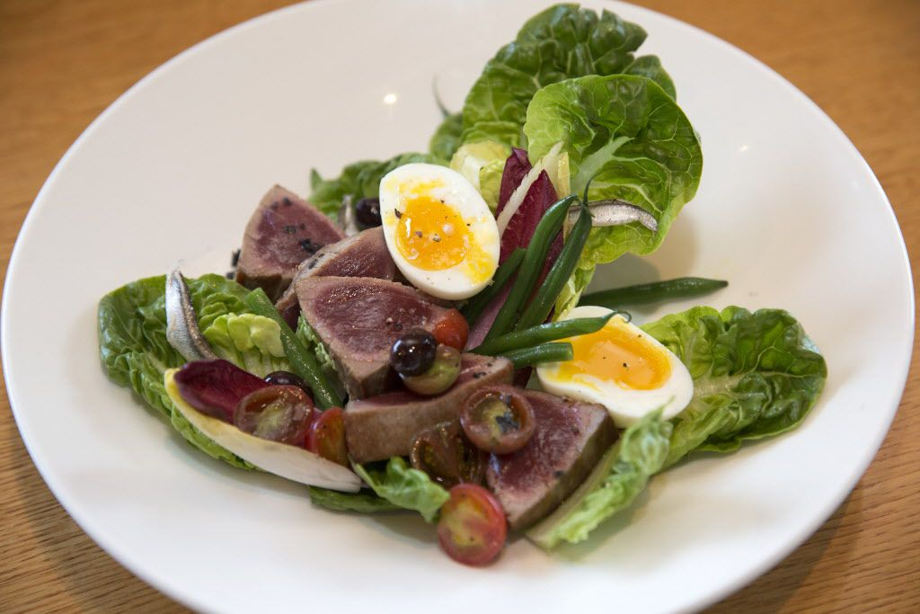 The terrific lunchtime offerings, such as a carefully made Nicoise salad, were a lovely surprise.