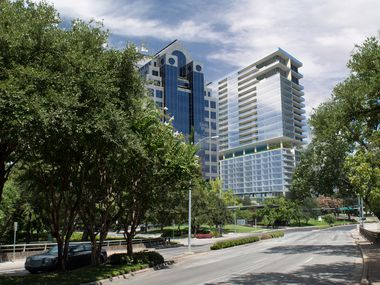 The 25-story building will have a Mandarin Oriental Hotel and condos.